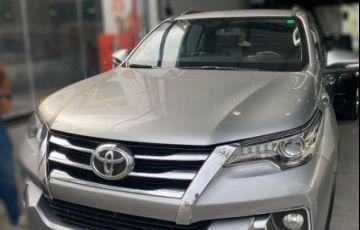Toyota Sw4 Srx 4x4 2.8 TDi 16V Dies. Aut