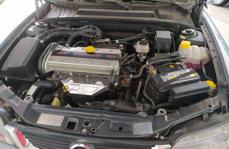 Chevrolet Vectra 2.2 MPFi CD 16v - Foto #9