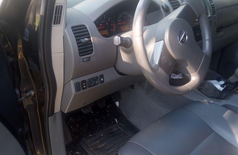 Nissan Frontier XE 4x2 2.5 16V (cab. dupla) - Foto #5