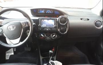Toyota Etios Sedan Platinum 1.5 (Flex) (Aut)