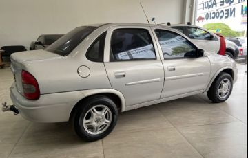 Chevrolet Corsa Sedan Milenium 1.0 MPFi 16V