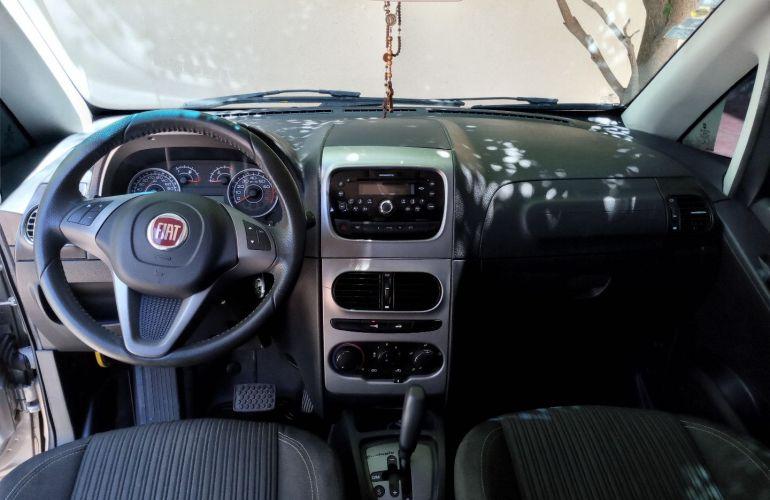 Fiat Idea Essence 1.6 16V E.TorQ (Flex) - Foto #6
