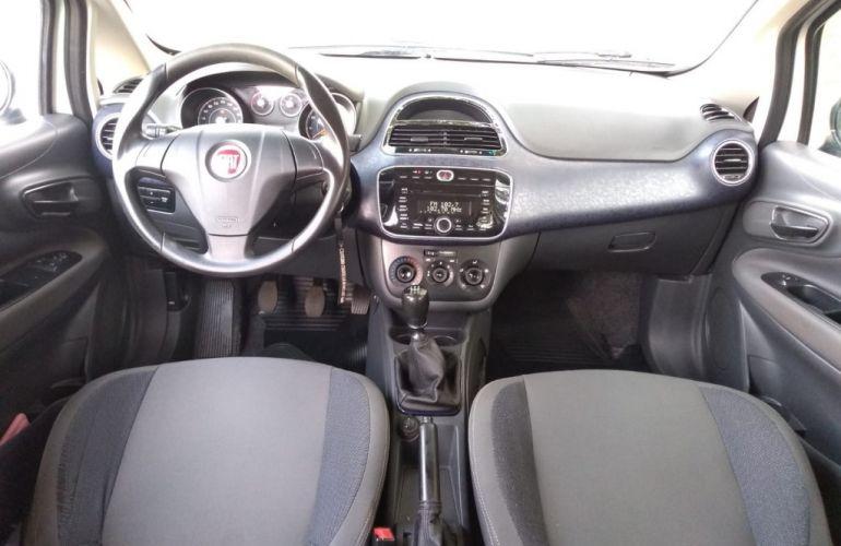 Fiat Punto Attractive 1.4 (Flex) - Foto #10