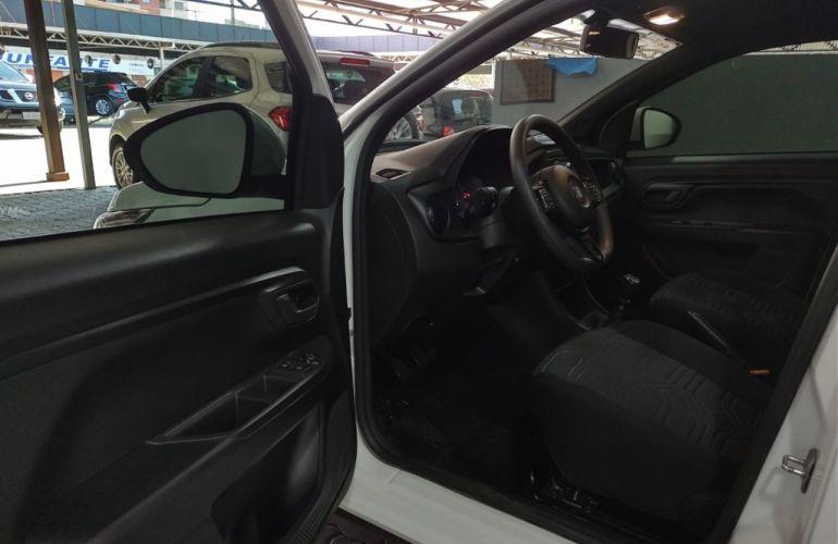 Fiat Strada 1.3 CS Plus Freedom Flex 8v - Foto #7