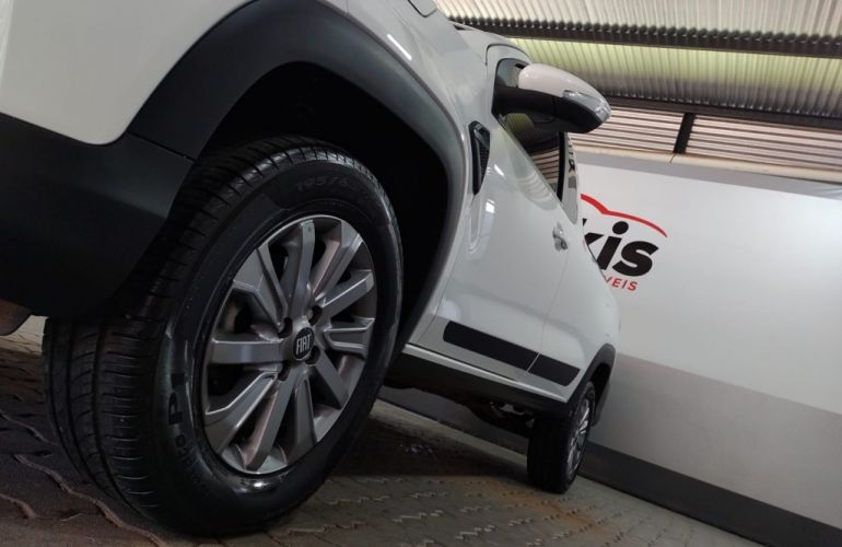 Fiat Strada 1.3 CS Plus Freedom Flex 8v - Foto #10