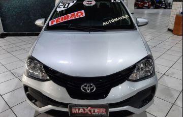 Toyota Etios 1.5 X Plus 16v - Foto #2