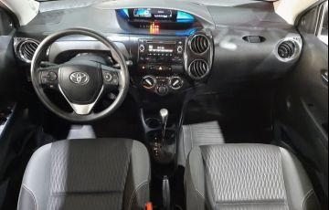 Toyota Etios 1.5 X Plus 16v - Foto #7