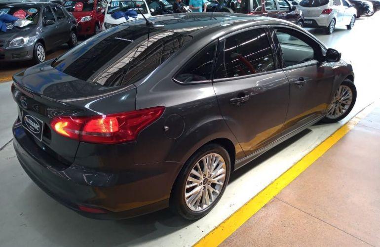 Ford Focus 2.0 SE Plus Sedan 16v - Foto #7