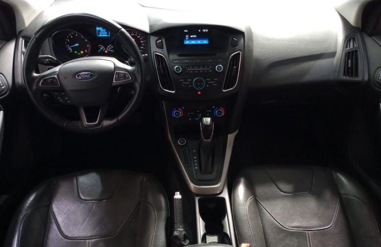 Ford Focus 2.0 SE Plus Sedan 16v - Foto #9