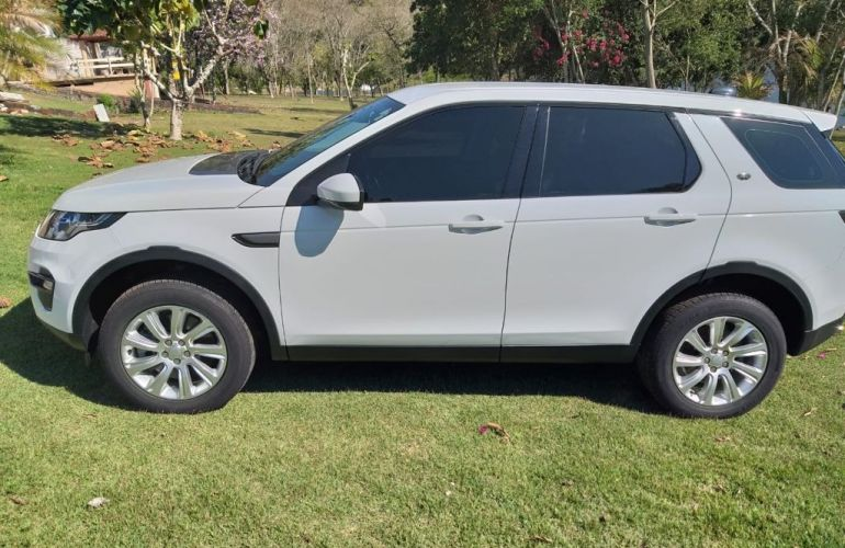 Land Rover Discovery Sport 2.0 TD4 SE 4WD - Foto #5