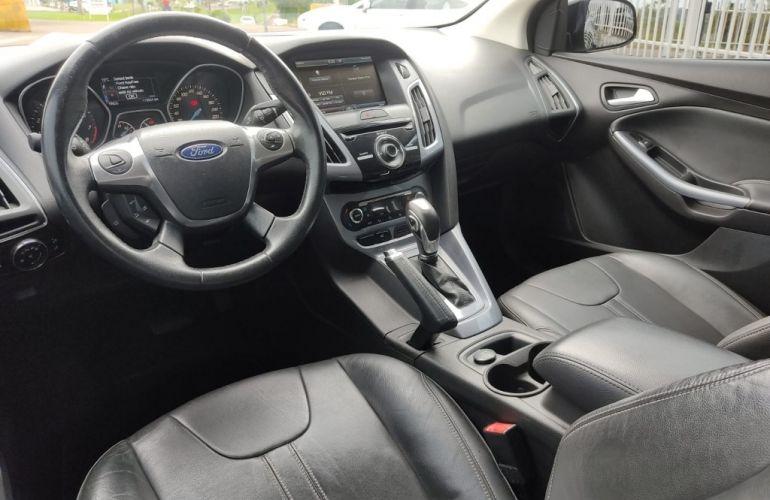 Ford Focus Sedan Titanium 2.0 PowerShift - Foto #6