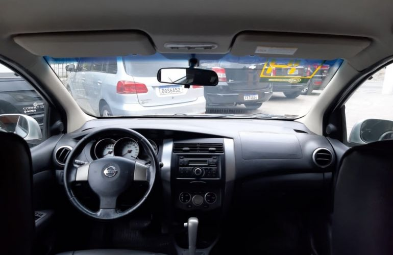 Nissan Livina X-Gear SL 1.8 16V (flex) (aut) - Foto #8