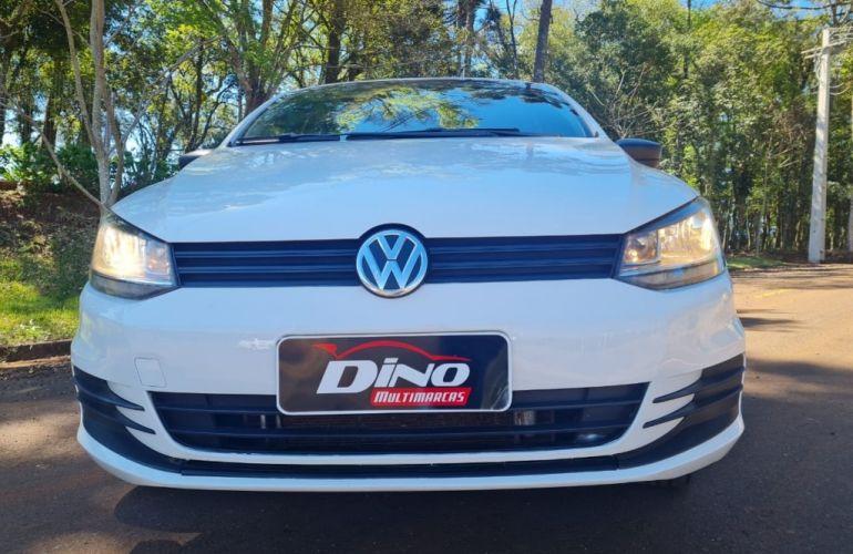 Volkswagen Fox 1.0 8V (Flex) 4p - Foto #9