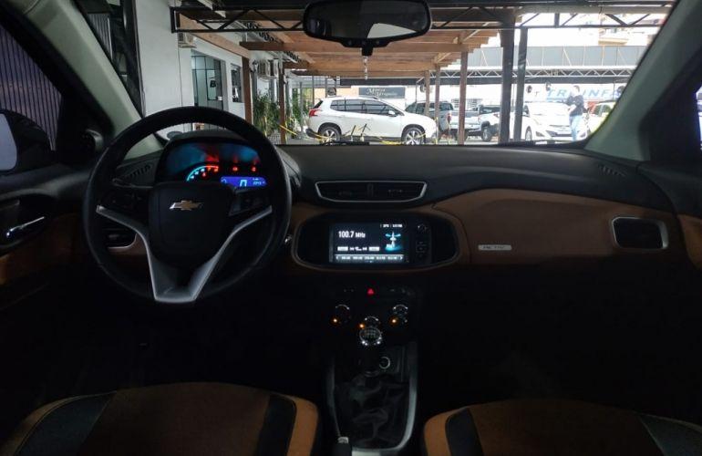 Chevrolet Onix 1.4 Activ SPE/4 - Foto #8