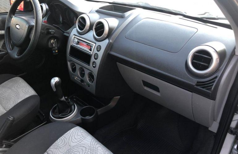 Ford Fiesta Sedan Class 1.6 (Flex) - Foto #7