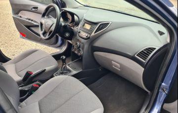 Hyundai HB20S 1.0 Comfort Plus - Foto #8