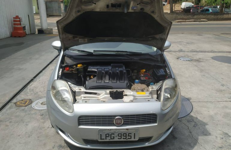 Fiat Punto ELX 1.4 (Flex) - Foto #5