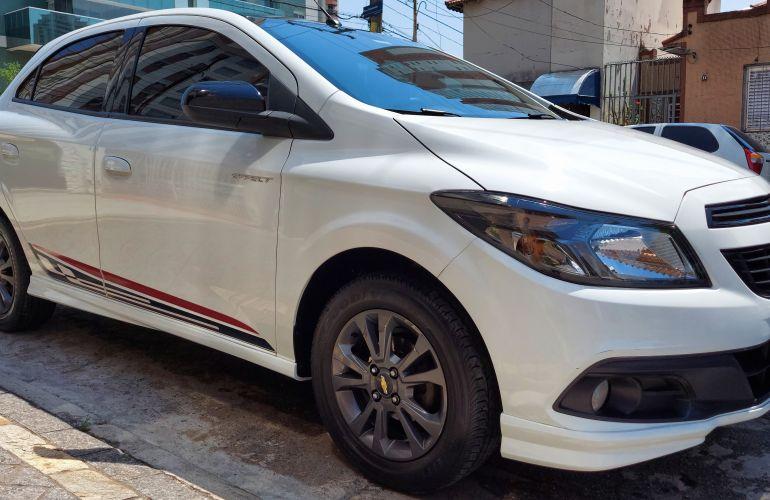 Chevrolet Onix 1.4 Effect SPE/4 - Foto #3