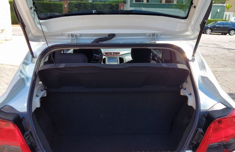 Chevrolet Onix 1.4 Effect SPE/4 - Foto #5