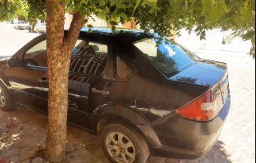 Ford Fiesta Sedan Personnalité 1.0 - Foto #4