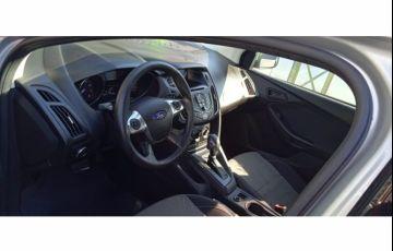 Ford Focus Sedan SE 2.0 16V PowerShift (Aut) - Foto #5