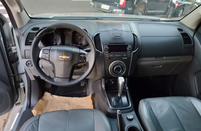 Chevrolet S10 2.8 LTZ 4x4 CD Turbo - Foto #2