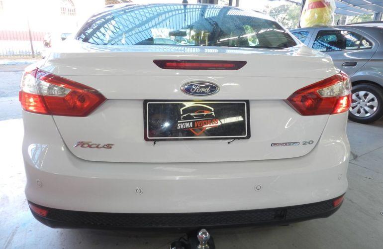 Ford Focus 2.0 SE Sedan 16v - Foto #6