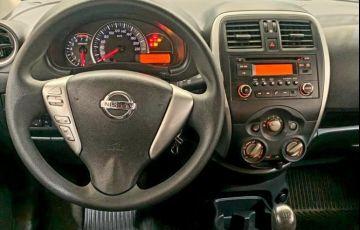 Nissan Versa 1.0 12v S - Foto #9