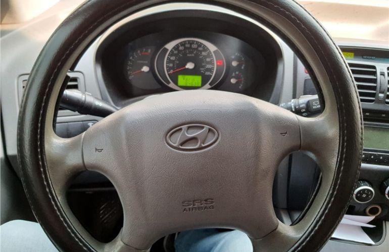 Hyundai Tucson 2.0 MPFi GL 16V 142cv 2WD Gasolina 4p Manual - Foto #10