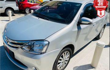 Toyota Etios 1.5 Platinum Sedan 16V Flex 4p Manual - Foto #1