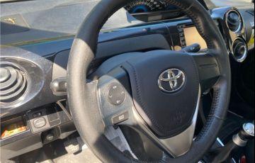 Toyota Etios 1.5 Platinum Sedan 16V Flex 4p Manual - Foto #8