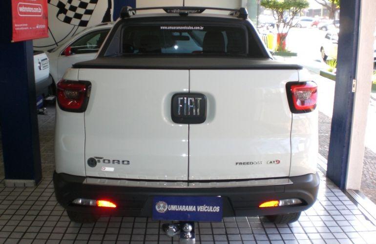Fiat Toro Freedom 2.0 diesel AT9 4x4 - Foto #6