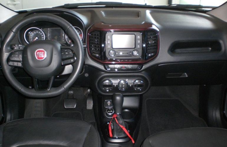 Fiat Toro Freedom 2.0 diesel AT9 4x4 - Foto #10