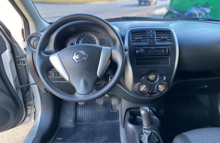 Nissan Versa 1.0 12v S - Foto #4
