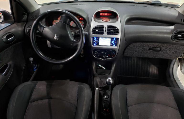 Peugeot 206 1.0 Quiksilver 16v - Foto #4