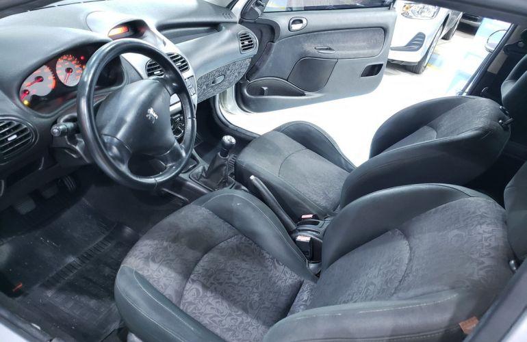 Peugeot 206 1.0 Quiksilver 16v - Foto #6