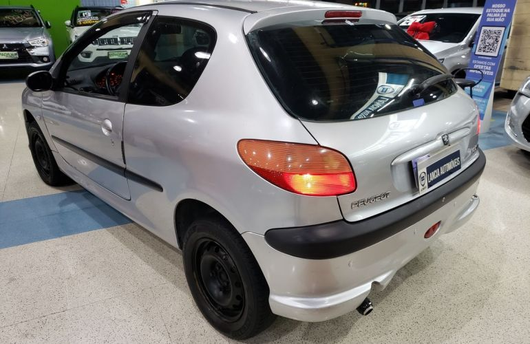 Peugeot 206 1.0 Quiksilver 16v - Foto #8