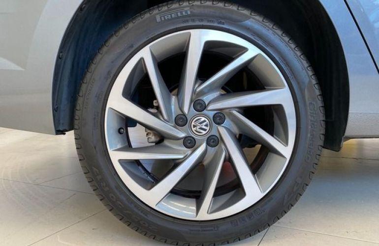 Volkswagen Virtus Highline 200 Tsi - Foto #9