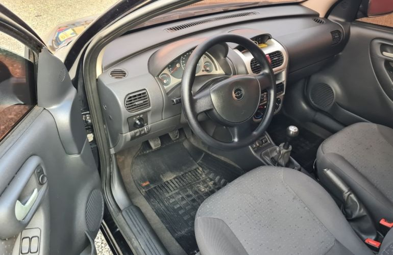 Chevrolet Corsa Hatch 1.4 EconoFlex Premium - Foto #9