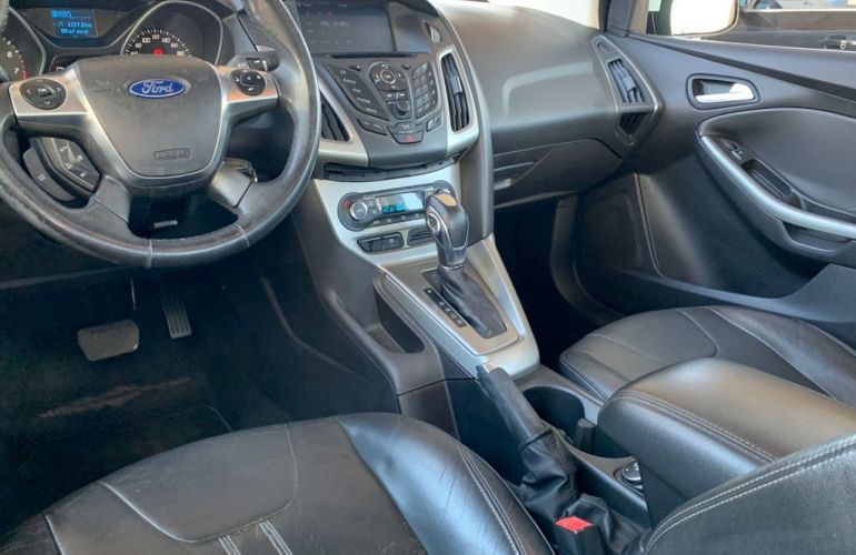 Ford Focus Fastback SE 2.0 PowerShift - Foto #5