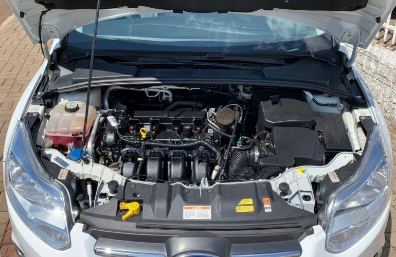 Ford Focus Fastback SE 2.0 PowerShift - Foto #8