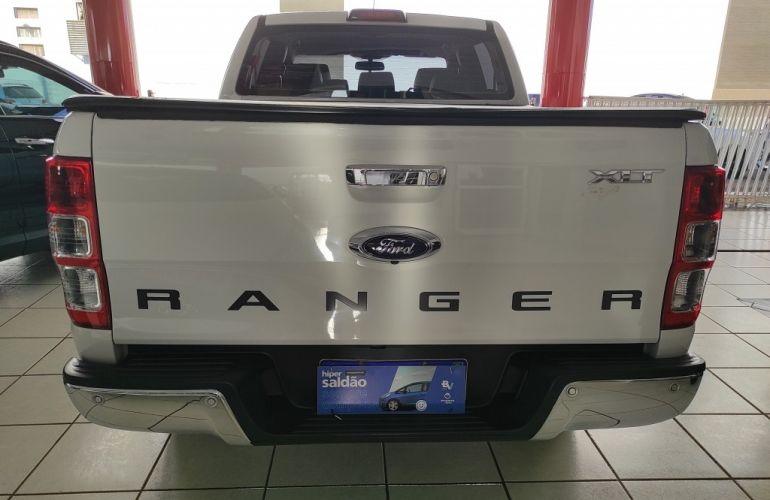 Ford Ranger 3.2 CD XLT 4x4 - Foto #8