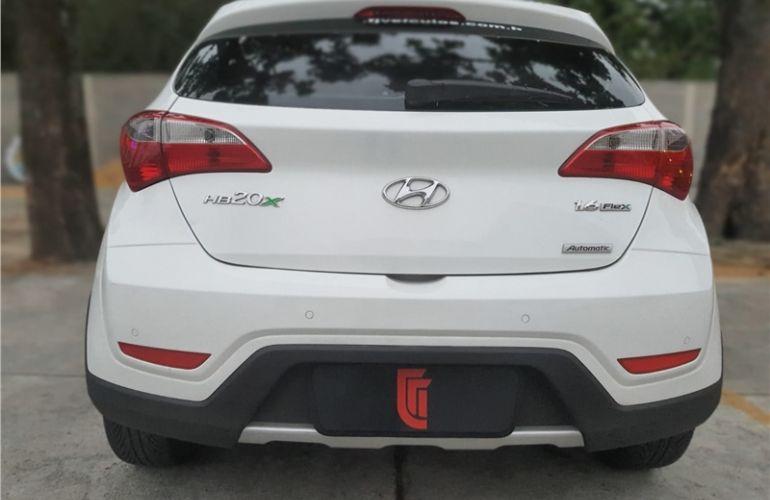 Hyundai Hb20x 1.6 16V Premium Flex 4p Automático - Foto #4