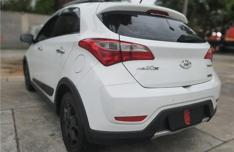 Hyundai Hb20x 1.6 16V Premium Flex 4p Automático - Foto #7