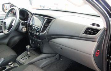 Mitsubishi L200 Triton Outdoor GLS 2.4 - Foto #6