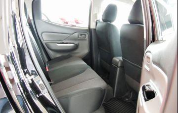 Mitsubishi L200 Triton Outdoor GLS 2.4 - Foto #7