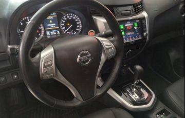 Nissan Frontier XE Bi-Turbo Diesel 4X4 (Aut) - Foto #9