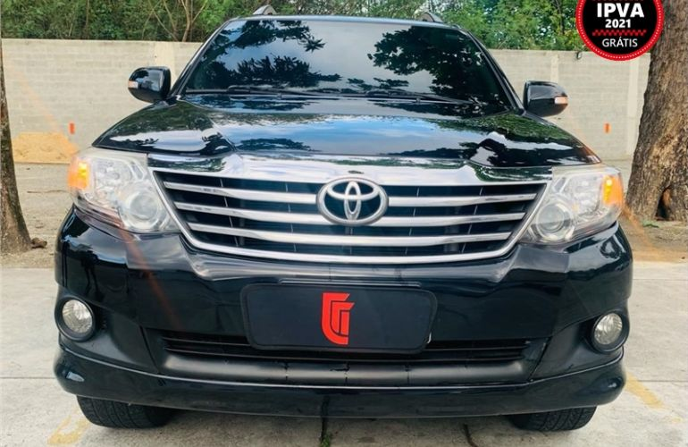 Toyota Hilux Sw4 2.7 Sr 4x2 16V Flex 4p Automático - Foto #3