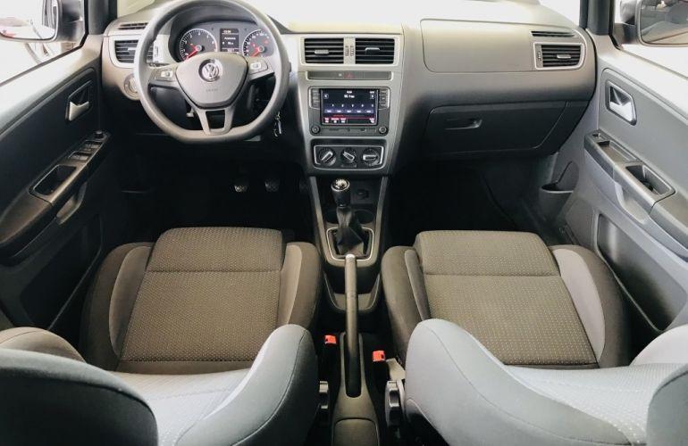 Volkswagen Fox 1.6 MSI Connect (Flex) - Foto #6