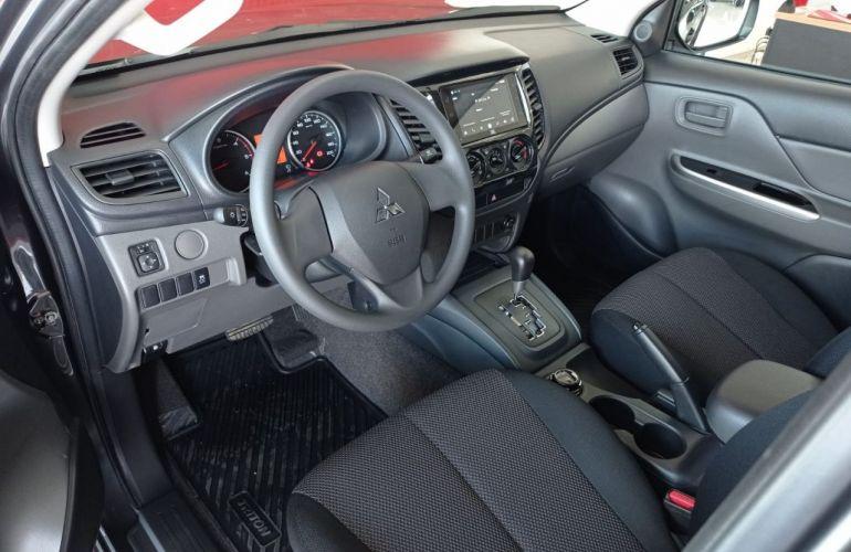 Mitsubishi L200 Triton Outdoor GLS 2.4 - Foto #5